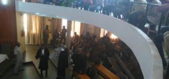 TENTATIVE DE LIBÉRATION DES PUTSCHISTES : Les premiers comparus plaident non  coupables
