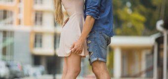 INSOLITE: Une ville légalise l'exhibitionnisme sexuel dans les lieux publics